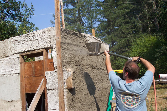 Bob Merrill, Combining papercrete, Straw Bale and more Into Hybrid Construction